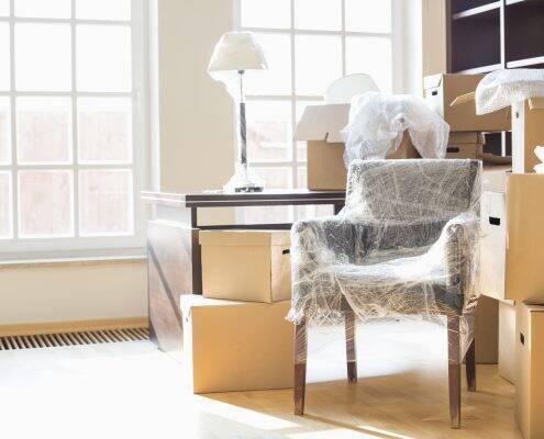 møbler og kasser